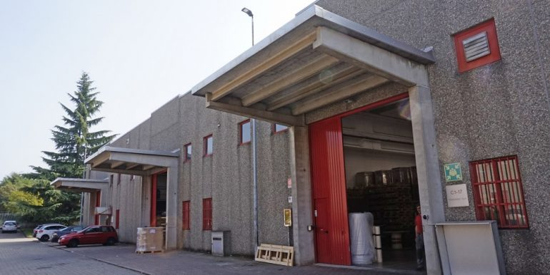capannone industriale busto arsizio (1)