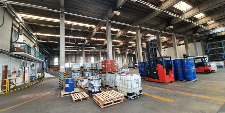 Complesso industriale ternate (12)