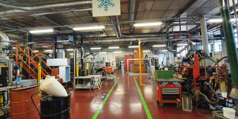 Complesso industriale ternate (6)