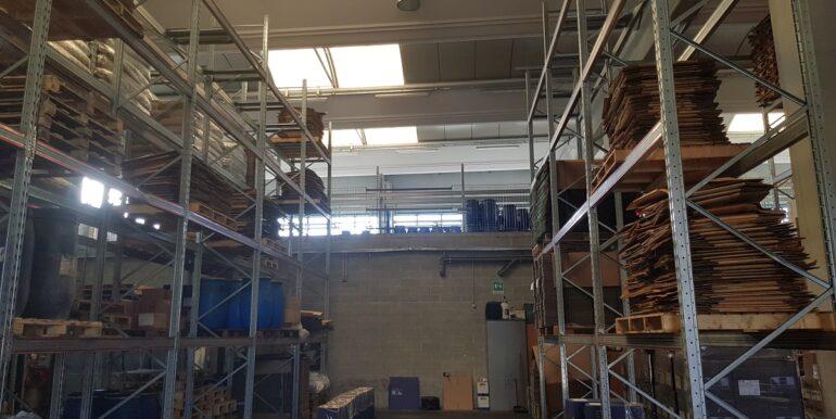 capannone industriale somma lombardo (19)