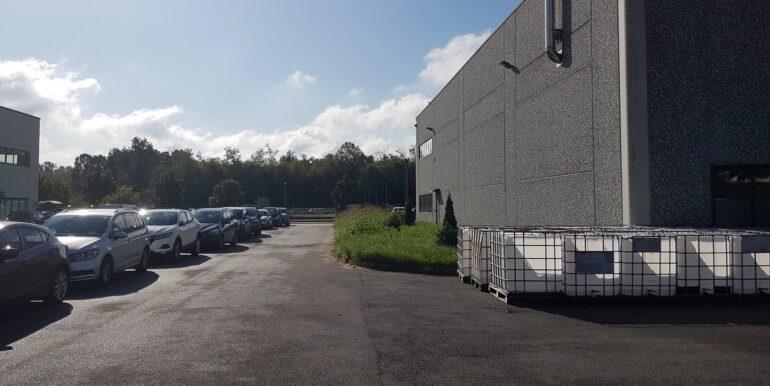 capannone industriale somma lombardo