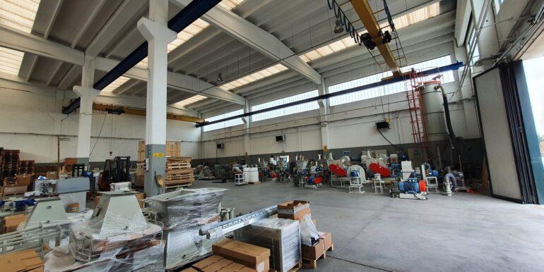 Gavirate capannone industriale (13)