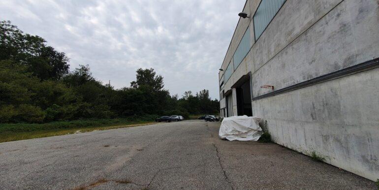 Gavirate capannone industriale (8)